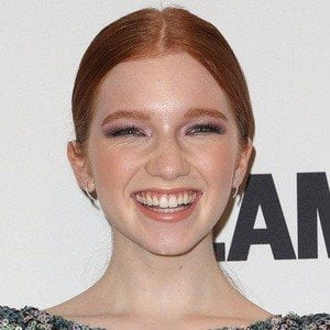 Annalise Basso picture