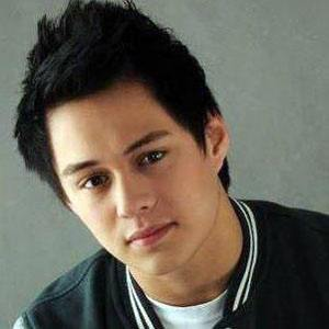 Enrique Gil picture