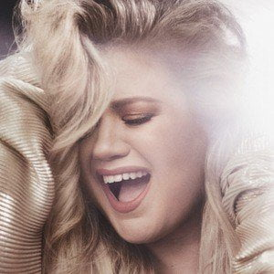 Kelly Clarkson picture