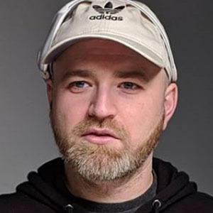Lewis Hilsenteger picture