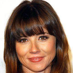 Linda Cardellini picture