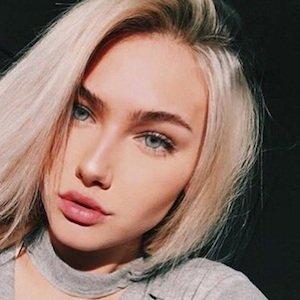 Molly O'Malia picture