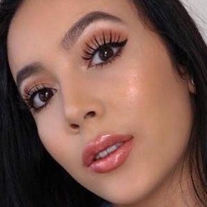 Monique Lynn picture