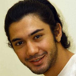 Reza Rahadian picture