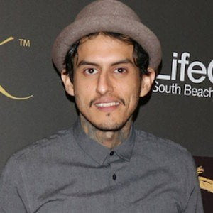 Richard Cabral picture