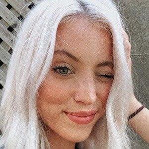 Riley Hubatka picture
